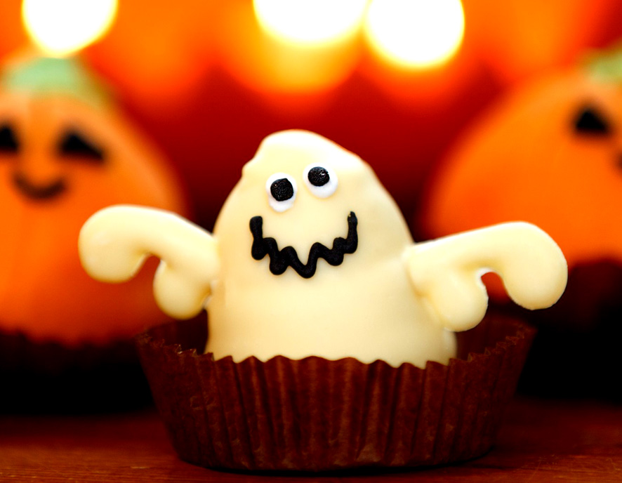 ghost cupcake for Halloween