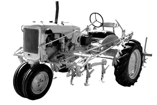 picture of vintage tractor