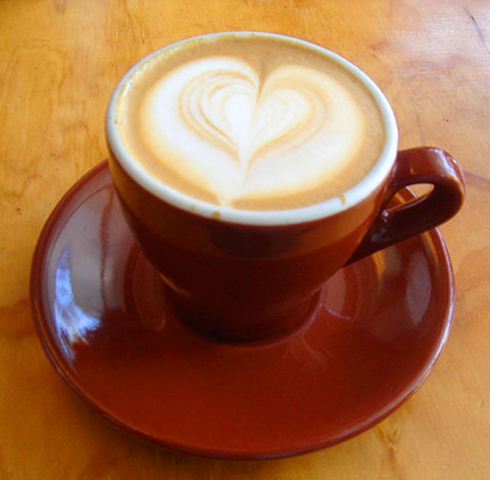 cafe latte with heart