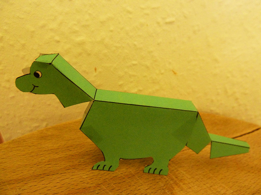 Folded dino for place cards or toy