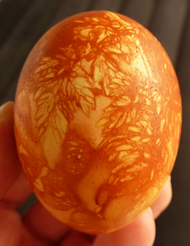 Easter egg decorated with onion peel