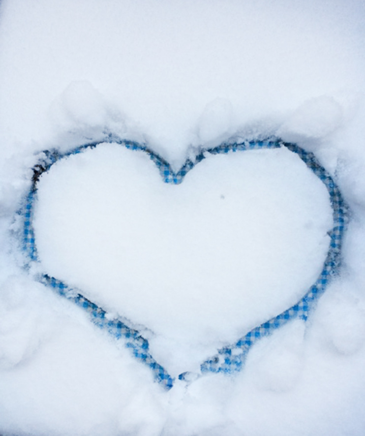 winter clipart heart in the snow