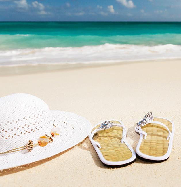 summer clip art hat and flip flops