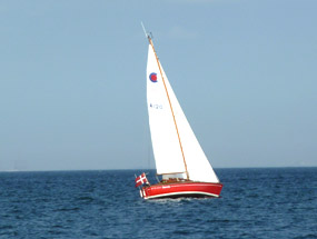 sailboat in the summer clipart