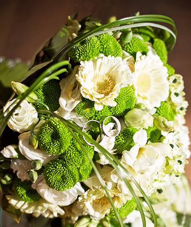 wedding decoration with rings